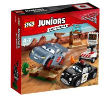 LEGO Juniors Cars Rasante Trainingsrunden in Teufelsschanze