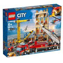 LEGO City Feuerwehr in der Stadt