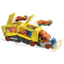 Hot Wheels Crash Transporter